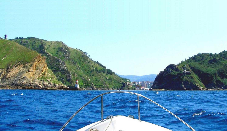 Excursiones por el mar Puerto Pasaia - Pasajes